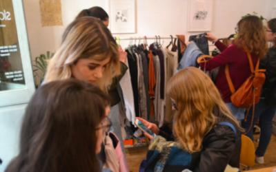 Coffee and Slow Fashion: Intercanvi de roba amb un toc cafeter
